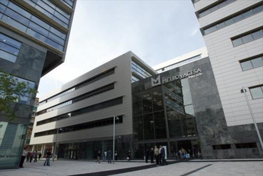 Metrovacesa loses 9 percent in early trading on return to the IBEX